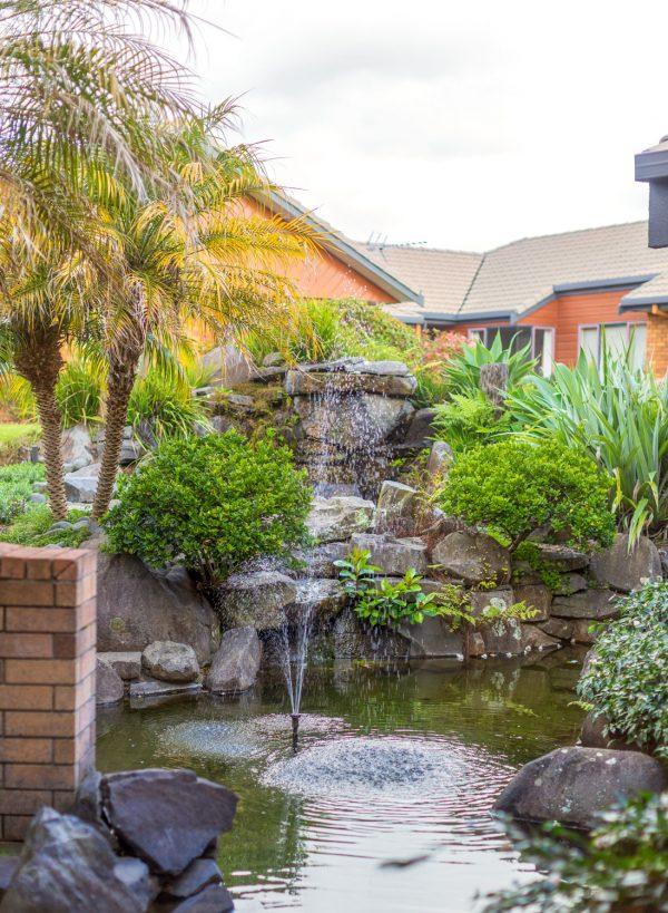 Omokoroa-Country-Estate-Water-Feature